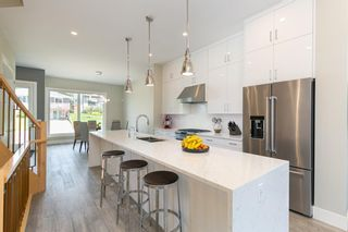 Photo 7: 1635 23 Avenue NW in Calgary: Capitol Hill Detached for sale : MLS®# A1117100
