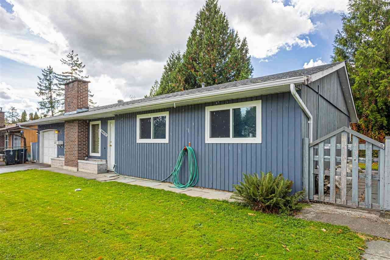 Main Photo: 26676 32 Avenue in Langley: Aldergrove Langley House for sale : MLS®# R2508954