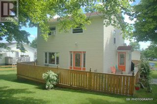 Photo 2: 20 Fraizes Avenue in Carbonear: House for sale : MLS®# 1232752