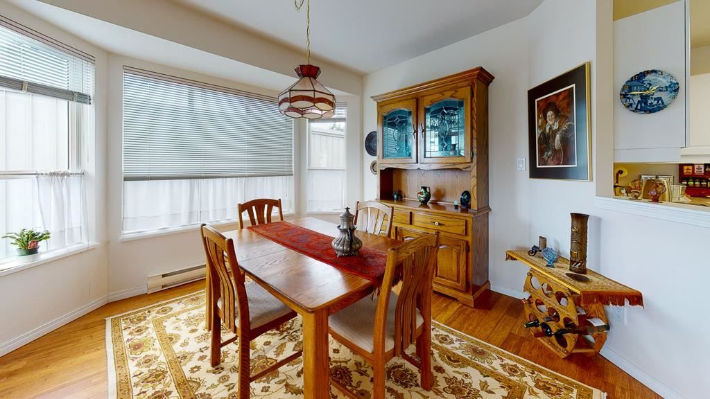 "Photo 7: Photos: 308 5711 MERMAID Street in Sechelt: Sechelt District Condo for sale in ""MERMAID BUILDING"" (Sunshine Coast)  : MLS®# R2593663"