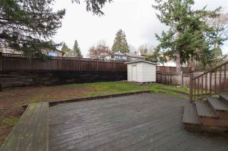 """Photo 16: 5811 ANGUS Place in Surrey: Cloverdale BC House for sale in """"Jersey Hills"""" (Cloverdale)  : MLS®# R2326051"""