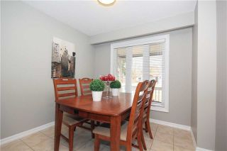 Photo 19: 539 Downland Drive in Pickering: West Shore House (2-Storey) for sale : MLS®# E3435078