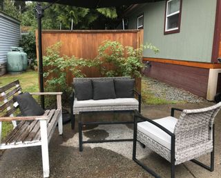 """Photo 3: 148 1830 MAMQUAM Road in Squamish: Northyards Manufactured Home for sale in """"TIMBERTOWN"""" : MLS®# R2618733"""