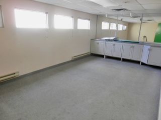 Photo 7: 684 LAHAVE Street in Bridgewater: 405-Lunenburg County Commercial  (South Shore)  : MLS®# 202106348