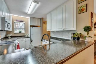 """Photo 17: 39 2736 ATLIN Place in Coquitlam: Coquitlam East Townhouse for sale in """"CEDAR GREEN"""" : MLS®# R2533312"""