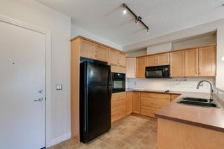 Photo 3: 112 3111 34 Avenue NW in Calgary: Varsity Apartment for sale : MLS®# A1095160