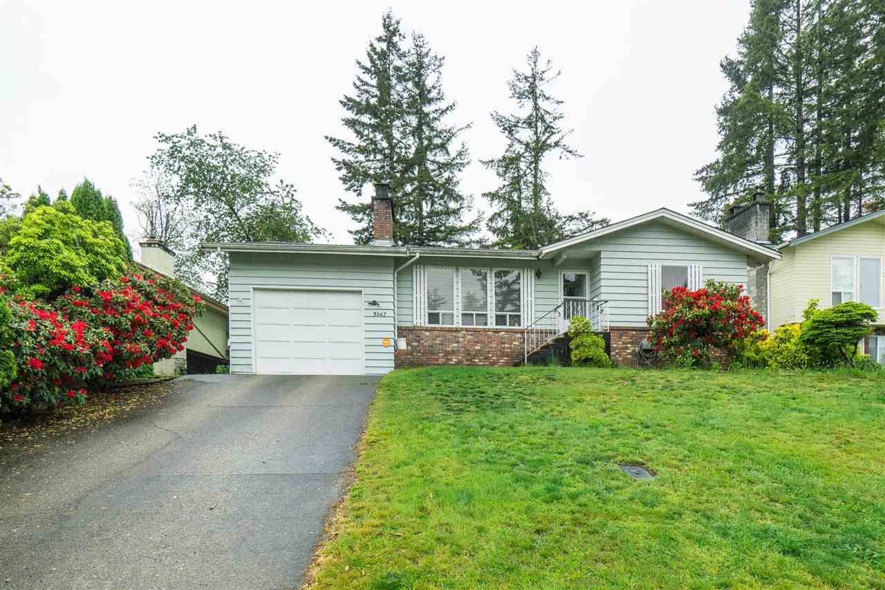 Main Photo: 3067 MOUAT Drive in Abbotsford: Abbotsford West House for sale : MLS®# R2538611
