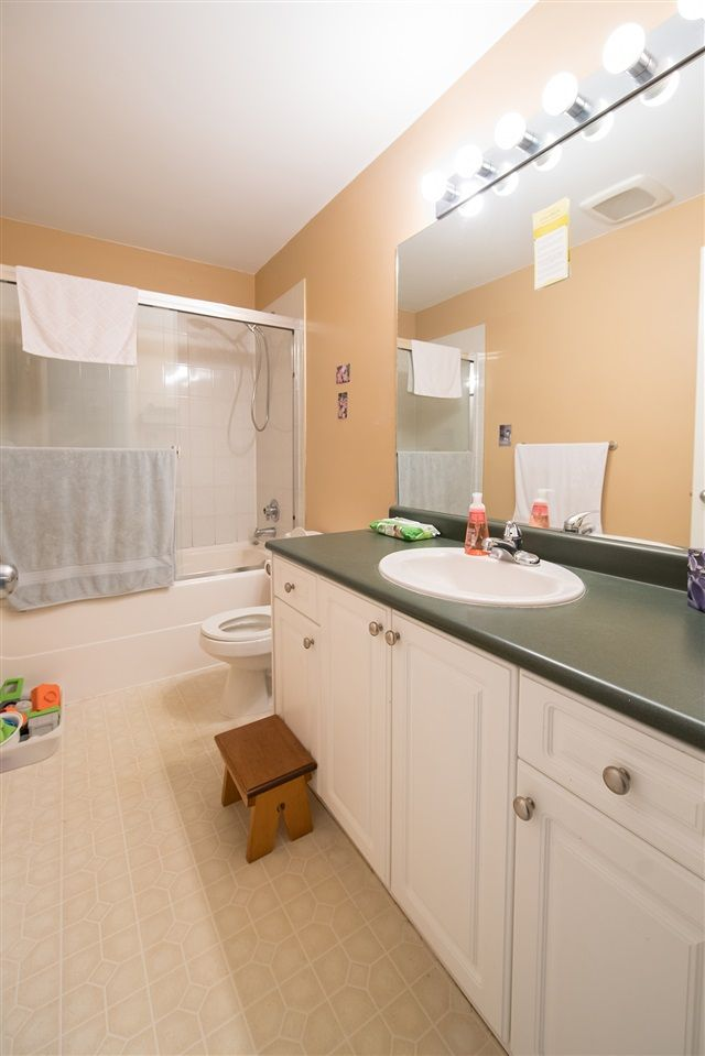 Photo 17: Photos: 2403 DAWES HILL Road in Coquitlam: Coquitlam East House for sale : MLS®# R2197337
