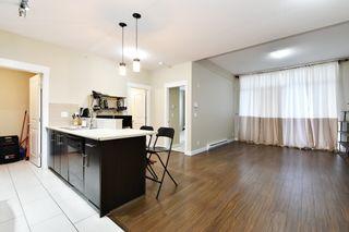 """Photo 4: 215 33546 HOLLAND Avenue in Abbotsford: Central Abbotsford Condo for sale in """"TEMPO"""" : MLS®# R2623337"""