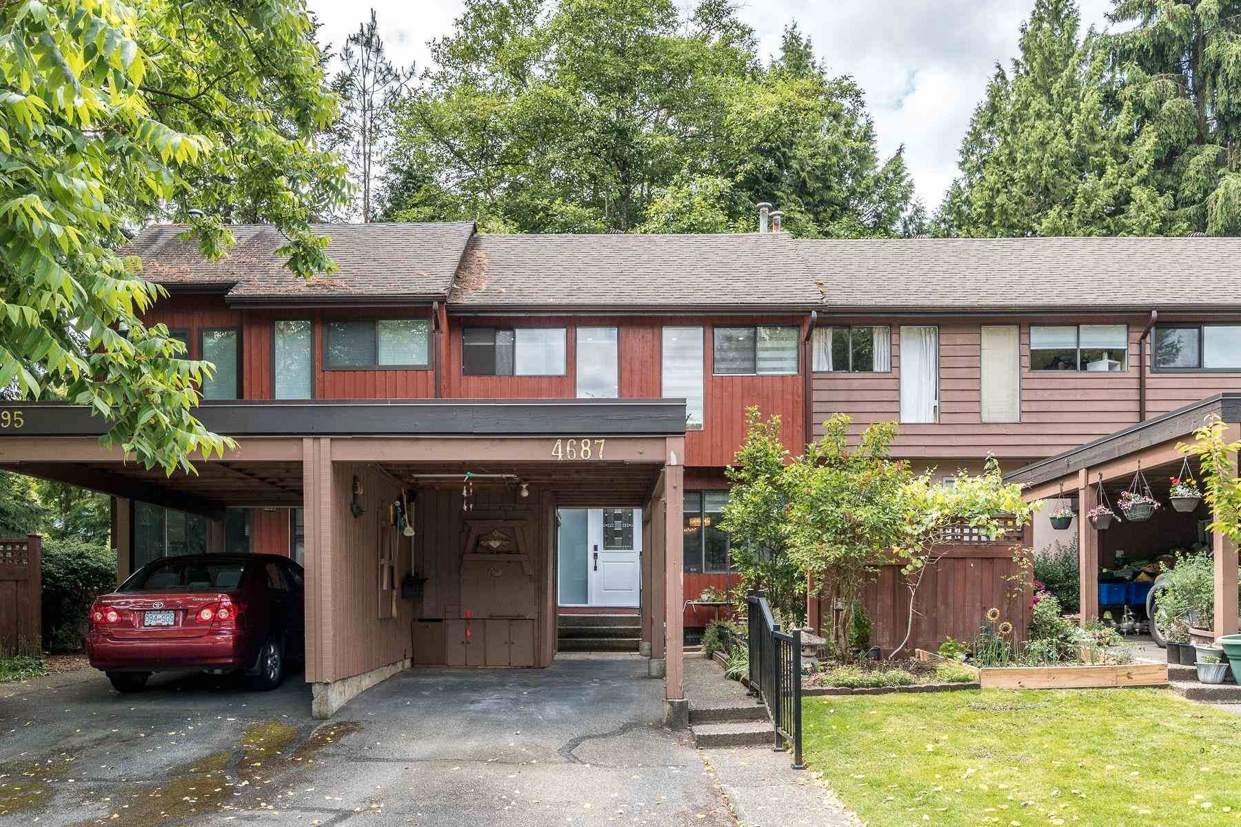 """Main Photo: 4687 GARDEN GROVE Drive in Burnaby: Greentree Village Townhouse for sale in """"Greentree Village"""" (Burnaby South)  : MLS®# R2599679"""