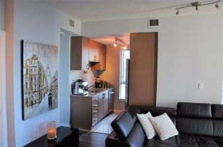 "Photo 5: 2501 1211 MELVILLE Street in Vancouver: Coal Harbour Condo for sale in ""The Ritz"" (Vancouver West)  : MLS®# R2572755"