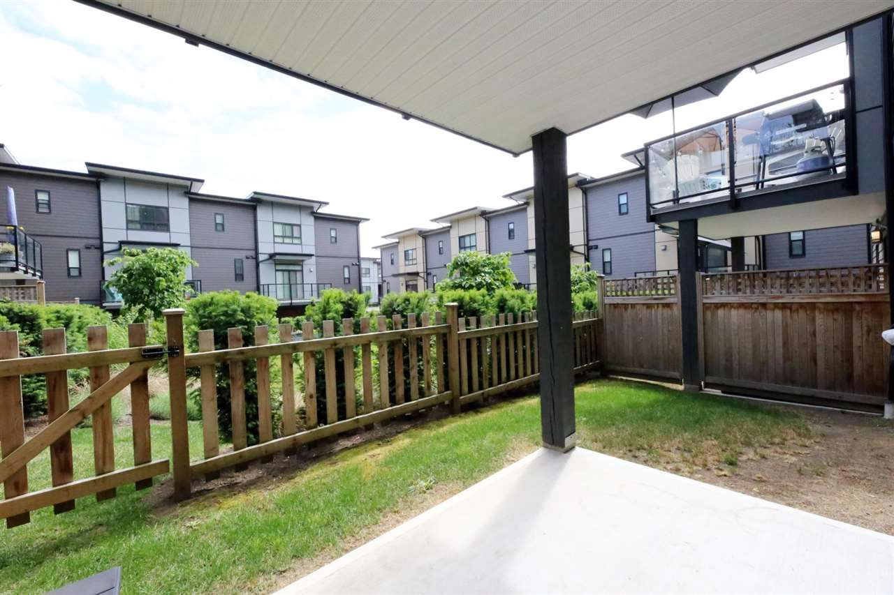 """Photo 22: Photos: 30 1938 NORTH PARALLEL Road in Abbotsford: Abbotsford East Townhouse for sale in """"PARALLEL SOUTH"""" : MLS®# R2589930"""