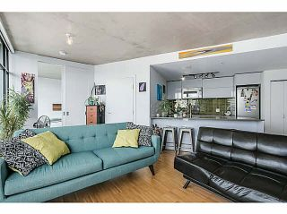 """Photo 7: 2108 128 W CORDOVA Street in Vancouver: Downtown VW Condo for sale in """"WOODWARDS W-43"""" (Vancouver West)  : MLS®# V1140977"""