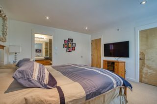 """Photo 21: 6500 WILDFLOWER Place in Sechelt: Sechelt District Townhouse for sale in """"WAKEFIELD BEACH - 2ND WAVE"""" (Sunshine Coast)  : MLS®# R2604222"""