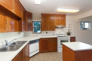 Photo 8: 2468 LAWSON AVE in West Vancouver: Dundarave House for sale : MLS®# R2034624