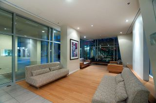 """Photo 18: 304 1001 RICHARDS Street in Vancouver: Downtown VW Condo for sale in """"MIRO"""" (Vancouver West)  : MLS®# R2326363"""