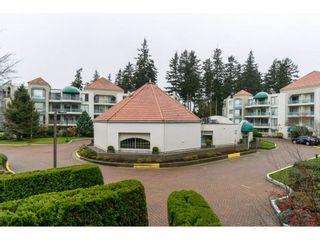 "Photo 2: 208 1765 MARTIN Drive in Surrey: Sunnyside Park Surrey Condo for sale in ""SOUTHWYND"" (South Surrey White Rock)  : MLS®# R2123199"