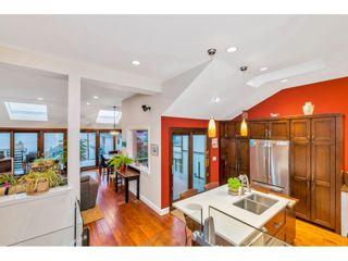 "Photo 12: 15348 VICTORIA Avenue: White Rock House for sale in ""White Rock"" (South Surrey White Rock)  : MLS®# R2579502"