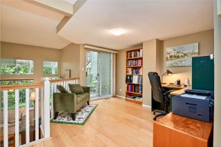 """Photo 5: 257 WATERLEIGH Drive in Vancouver: Marpole Townhouse for sale in """"SPRINGS AT LANGARA"""" (Vancouver West)  : MLS®# R2457587"""