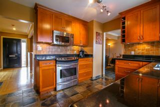 Photo 5: 8567 Karrman Avenue in Burnaby: The Crest House for sale (Burnaby East)  : MLS®# R2031381