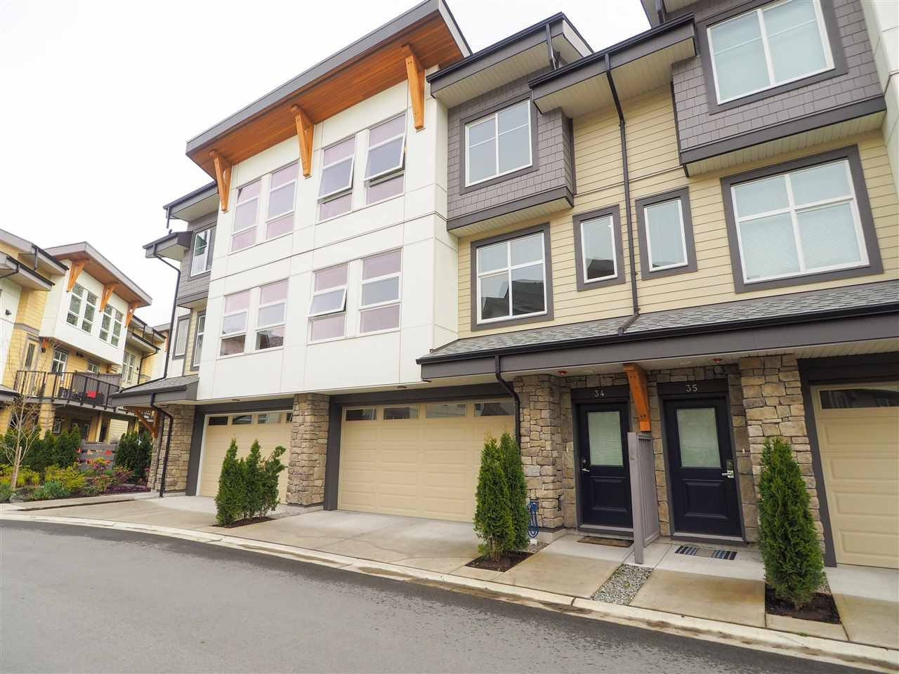 """Main Photo: 34 39548 LOGGERS Lane in Squamish: Brennan Center Townhouse for sale in """"SEVEN PEAKS"""" : MLS®# R2452364"""