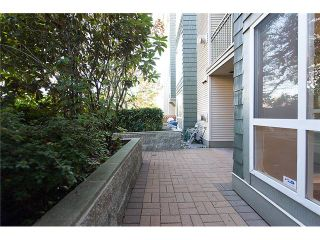 "Photo 9: # 106 8495 JELLICOE ST in Vancouver: Fraserview VE Condo for sale in ""RIVER GATE"" (Vancouver East)  : MLS®# V1009758"