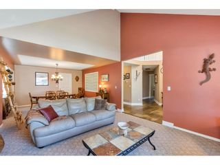 """Photo 4: 15378 21 Avenue in Surrey: King George Corridor House for sale in """"SUNNYSIDE"""" (South Surrey White Rock)  : MLS®# R2592754"""