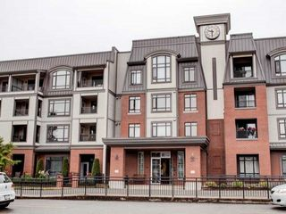 """Photo 10: 411 8880 202 Street in Langley: Walnut Grove Condo for sale in """"RESIDENCE AT VILLAGE SQUARE"""" : MLS®# F1416021"""