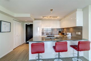 """Photo 5: 2209 6658 DOW Avenue in Burnaby: Metrotown Condo for sale in """"Moda by Polygon"""" (Burnaby South)  : MLS®# R2503244"""