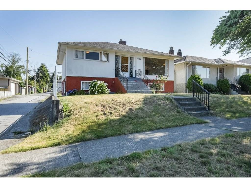 Main Photo: 3678 E 25TH Avenue in Vancouver: Renfrew Heights House for sale (Vancouver East)  : MLS®# R2342659