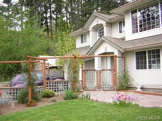 Photo 2: 5190 B Sooke Rd in SOOKE: Sk 17 Mile House for sale (Sooke)  : MLS®# 742956