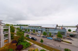 """Photo 9: 414 4211 BAYVIEW Street in Richmond: Steveston South Condo for sale in """"THE VILLAGE"""" : MLS®# R2285290"""