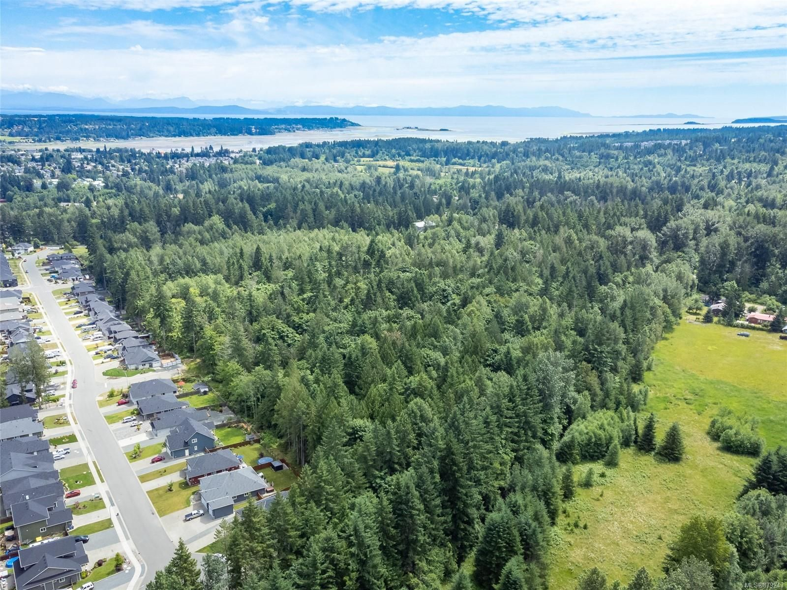 Main Photo: 2555 Cumberland Rd in Courtenay: CV Courtenay City Unimproved Land for sale (Comox Valley)  : MLS®# 879243