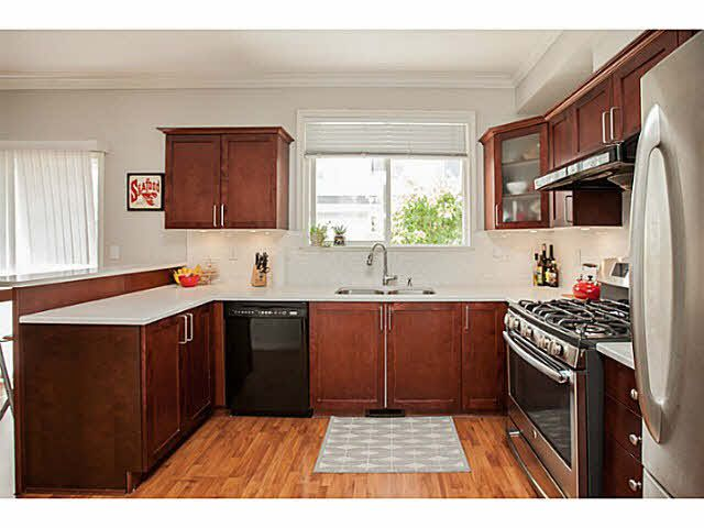 """Photo 9: Photos: 44 5999 ANDREWS Road in Richmond: Steveston South Townhouse for sale in """"RIVERWIND"""" : MLS®# V1128692"""