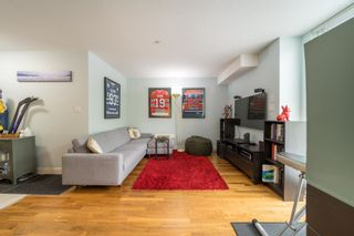 """Photo 3: 311 2525 BLENHEIM Street in Vancouver: Kitsilano Condo for sale in """"THE MACK"""" (Vancouver West)  : MLS®# R2608391"""