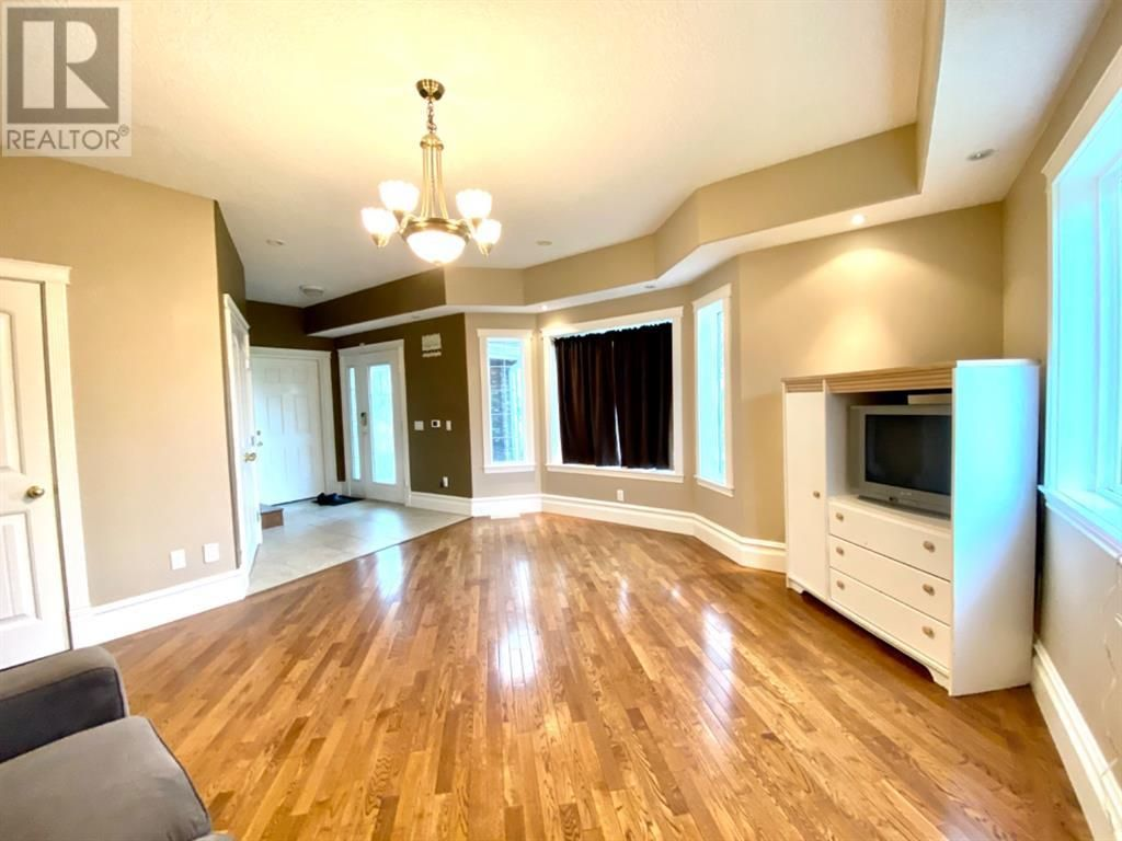 Photo 11: Photos: 4114 48 Avenue in Mayerthorpe: House for sale : MLS®# A1056463