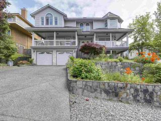 Photo 2: 240 ROCHE POINT DRIVE in North Vancouver: Roche Point House for sale : MLS®# R2172946
