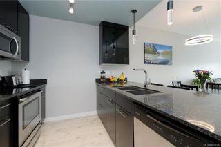 Photo 10: 425 2871 Jacklin Rd in Langford: La Langford Proper Condo for sale : MLS®# 839696