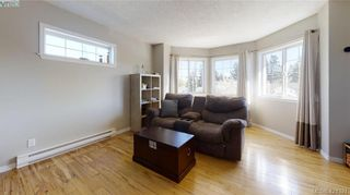 Photo 7: 214 Flicker Lane in VICTORIA: La Florence Lake House for sale (Langford)  : MLS®# 838008