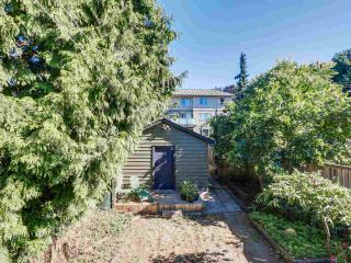 Photo 17: 1613 E 4TH AVENUE in Vancouver: Grandview VE House for sale (Vancouver East)  : MLS®# R2096953