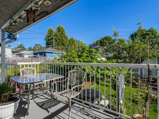 Photo 12: 2298 E 27TH AV in Vancouver: Victoria VE House for sale (Vancouver East)  : MLS®# V1127725