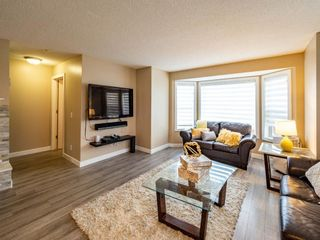 Photo 6: 27 Sandarac Road NW in Calgary: Sandstone Valley Row/Townhouse for sale : MLS®# A1148451