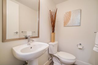"""Photo 22: 38 19433 68 Avenue in Surrey: Clayton Townhouse for sale in """"THE GROVE"""" (Cloverdale)  : MLS®# R2601780"""