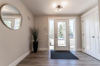 Photo 13: 3324 BARR Road NW in Calgary: Brentwood Detached for sale : MLS®# A1026193
