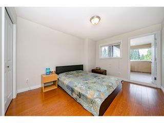 Photo 14: 7522 1ST Street in Burnaby: East Burnaby 1/2 Duplex for sale (Burnaby East)  : MLS®# R2381527