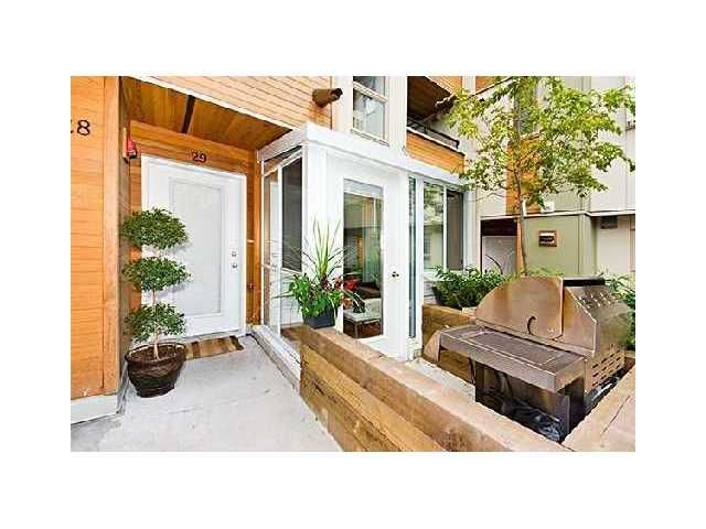 """Main Photo: 29 638 W 6TH Avenue in Vancouver: Fairview VW Townhouse for sale in """"STELLA DEL FIORDO"""" (Vancouver West)  : MLS®# V825762"""
