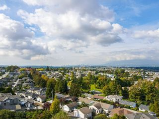 Photo 4: 4014 NITHSDALE Street in Burnaby: Burnaby Hospital House for sale (Burnaby South)  : MLS®# R2623669