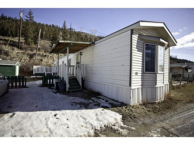 "Main Photo: 37 560 SODA CREEK Road in Williams Lake: Williams Lake - Rural North Manufactured Home for sale in ""COMER HILL MOBILE HOME PARK"" (Williams Lake (Zone 27))  : MLS®# N234092"