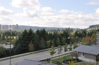 "Photo 10: 512 3132 DAYANEE SPRINGS Boulevard in Coquitlam: Westwood Plateau Condo for sale in ""LEDGEVIEW"" : MLS®# R2561973"