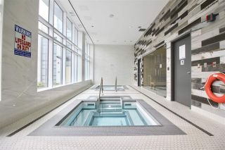 """Photo 17: 1705 4900 LENNOX Lane in Burnaby: Metrotown Condo for sale in """"THE PARK"""" (Burnaby South)  : MLS®# R2352671"""